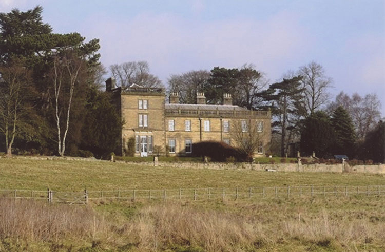Holeyn Hall